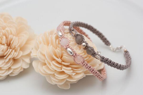 Armband mit RosenquarzArmband mit Mondstein